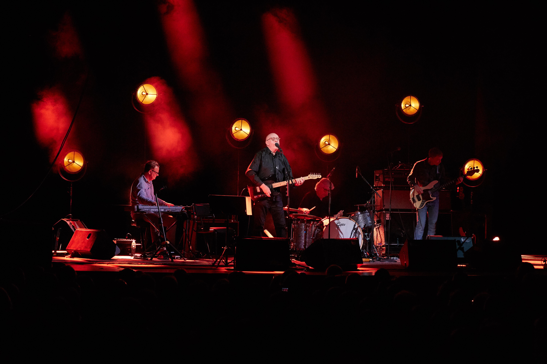 plura 40 år Pressbladet   Sommarturné med Nationalteaterns Rockorkester, firar  plura 40 år